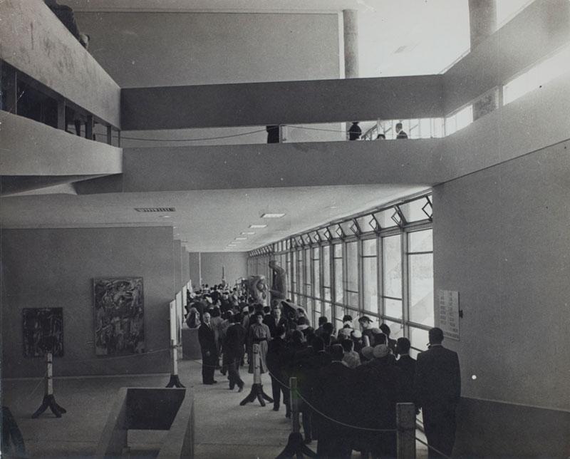 Abertura ao público da 2ª Bienal