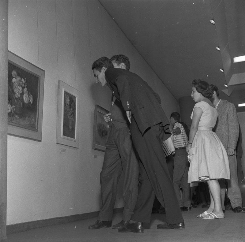 Público visita Sala Especial dedicada a Vincent van Gogh