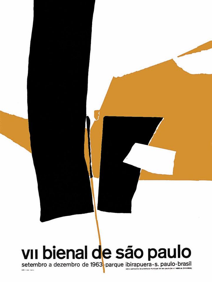 Nesta edição, é reutilizado o esquema imagem importada das artes plásticas + textos informativos, como na segunda Bienal, repetindo-se também a autoria por um destacado artista do abstracionismo informal brasileiro. Ainda que a imagem e o diagrama sejam competentes e precisos, trata-se de um exemplo de submissão da linguagem gráfica à linguagem das artes plásticas. Bienal 50 Anos, 1951-2001, 2001, p.294