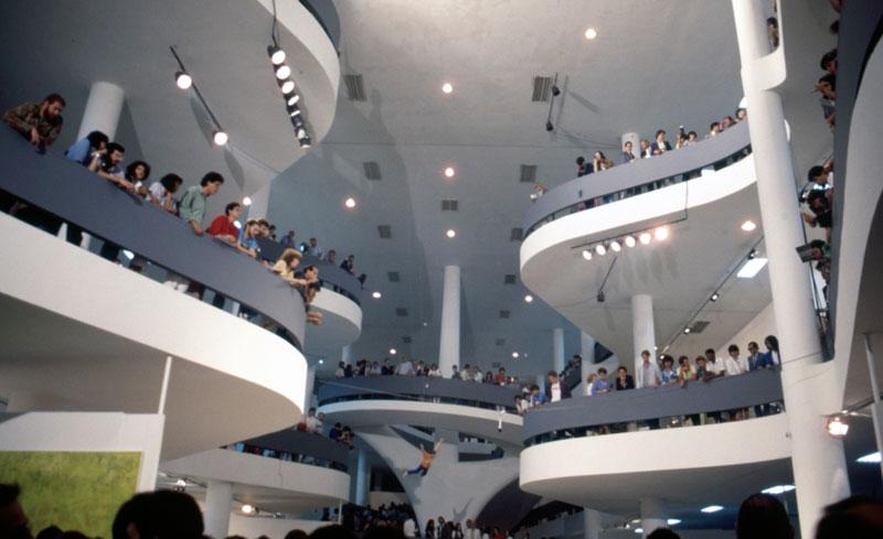Vão central da 18ª Bienal