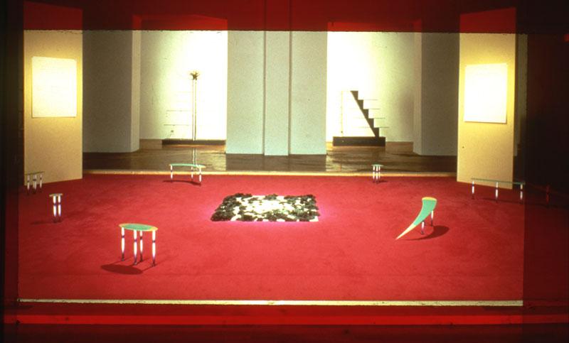 Andrea Branzi, Grande Tappeto Ibrido [Grande Tapete Híbrido], representante da Itália na exposição geral
