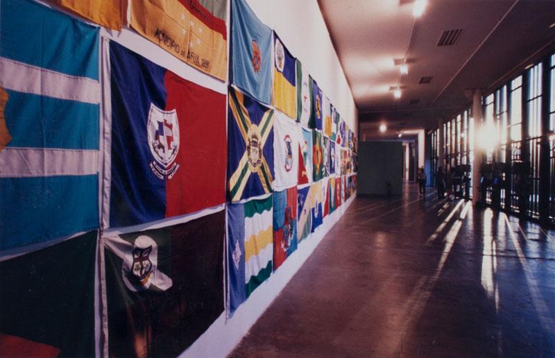 Emmanuel Nassar, Bandeiras, na seção Um entre Outros