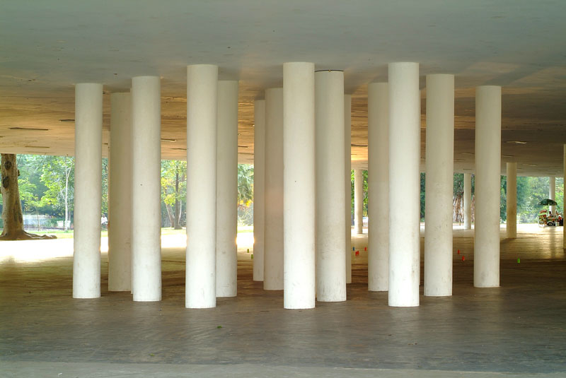 Dominique Gonzales-Foerster, Double terrain de jeu (pavillon-marquise) [Playground duplo (pavilhão-marquise)]
