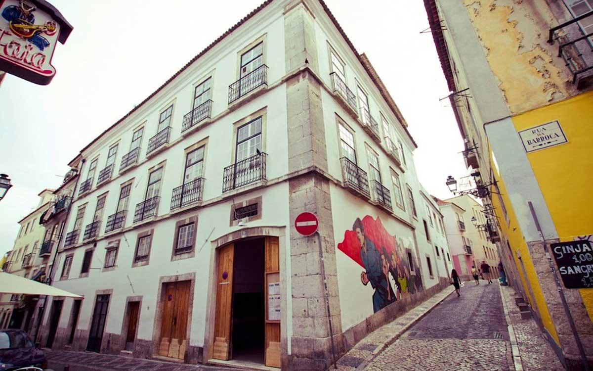 Projeto da 34ª Bienal é apresentado em Portugal