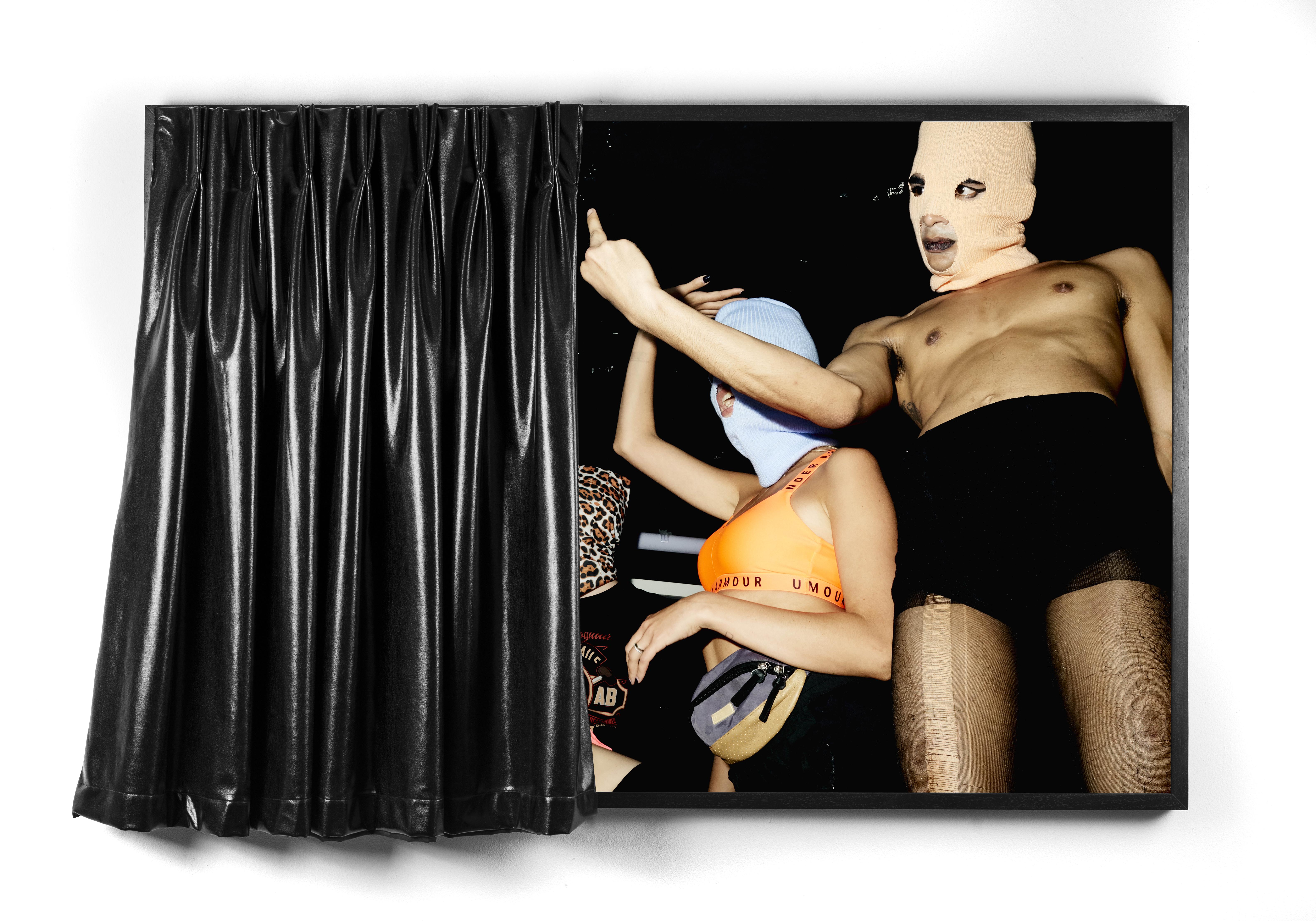Marinella Senatore, <i>Bodies in Alliance / Politics of the Street IV</i>, 2019. Cortesia da artista e Laveronica arte contemporanea