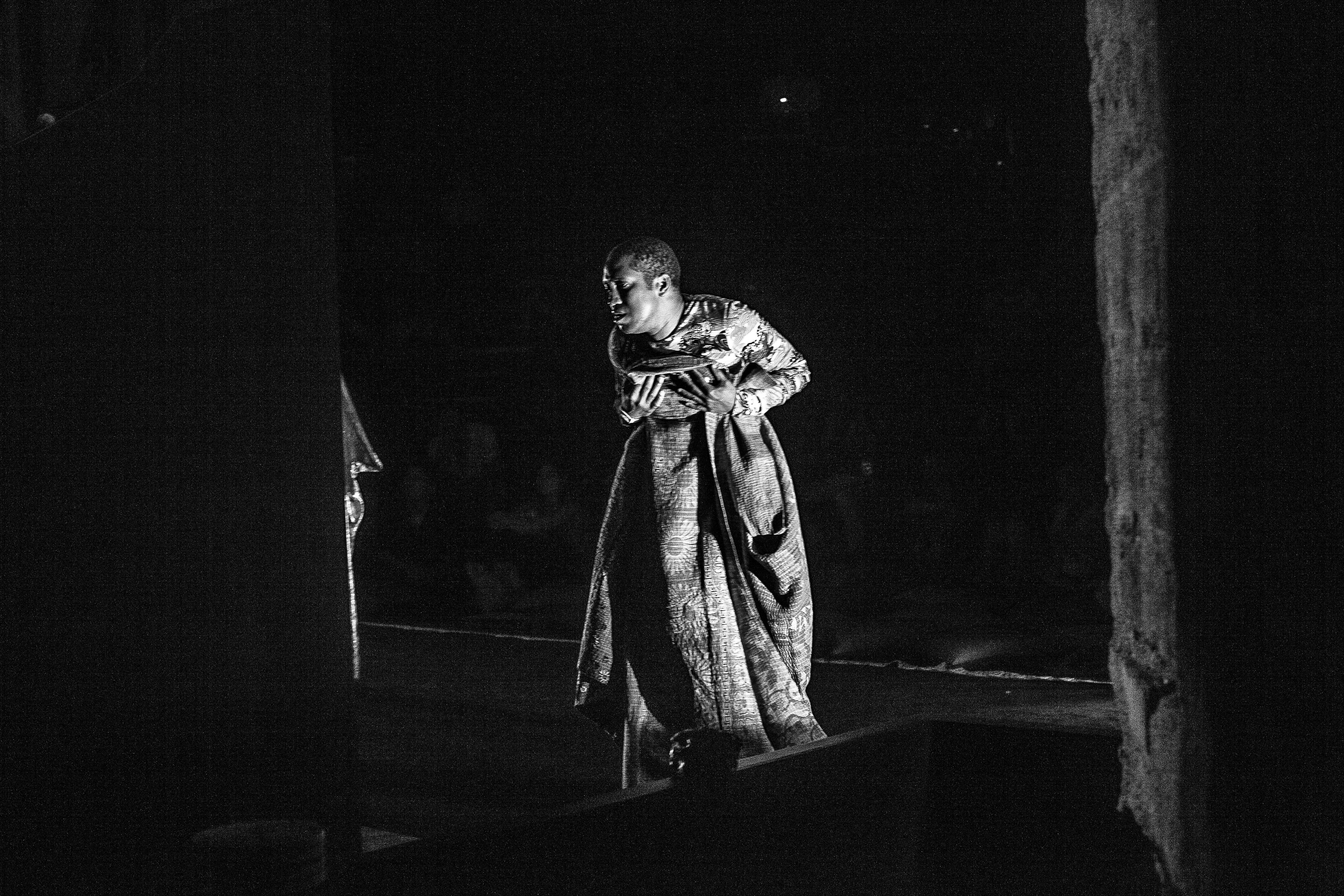 Trajal Harell, <i>Caen Amour</i>, 2016. Foto: Orfeas Emirzas. Cortesia do artista