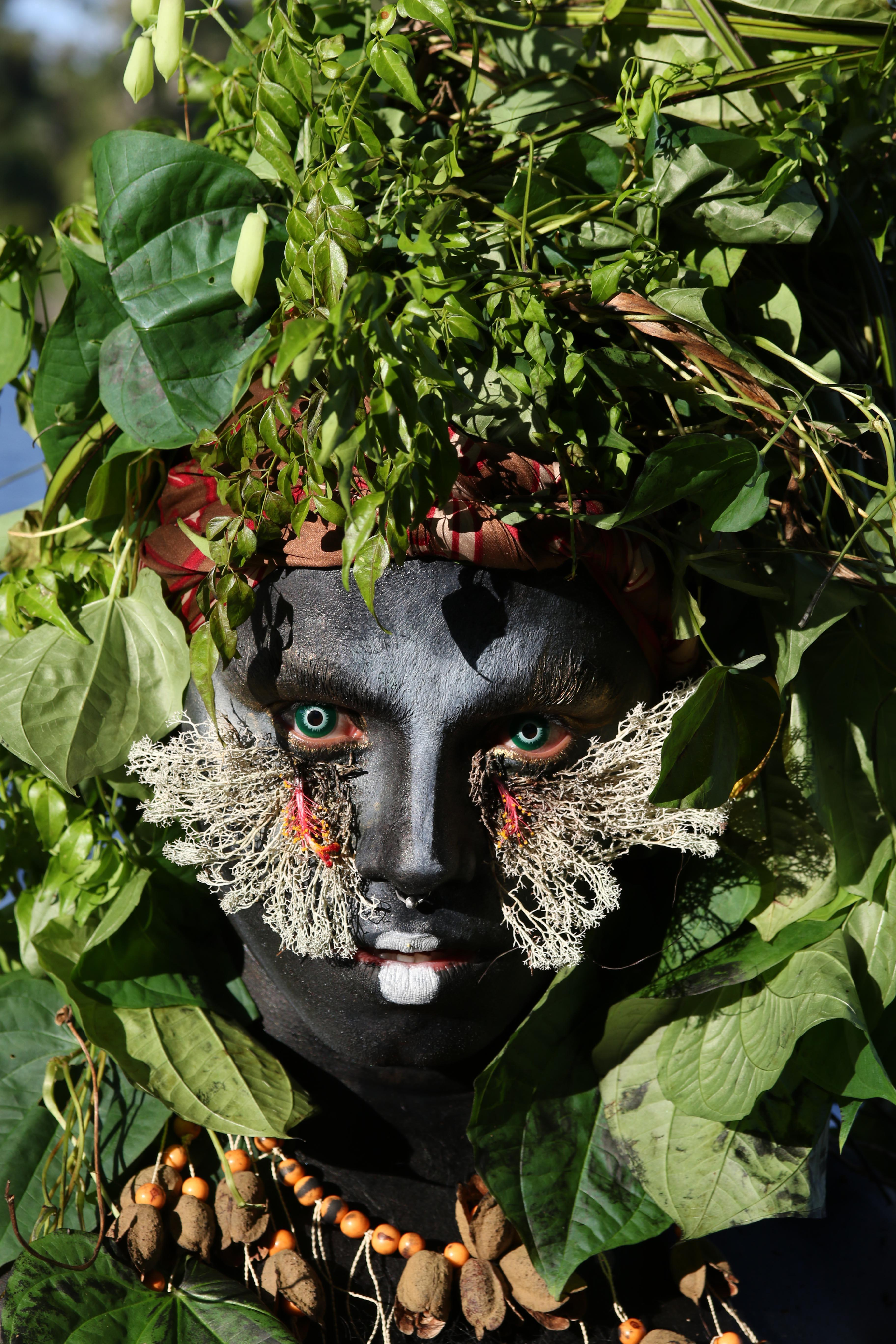 Uýra, <i>Elementar</i> (Rio Negro), 2018. Foto: Ricardo Oliveira. Cortesia de Emerson Munduruku